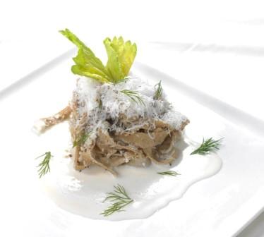 Tagliatelle di kamut con noci e salsa Taleggio
