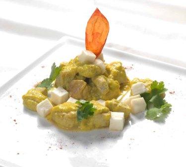 Bocconcini di pollo in salsa di Taleggio e curry